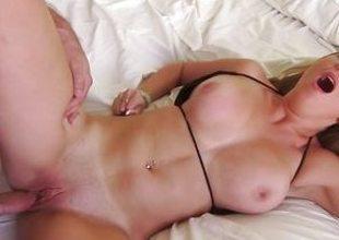 Meat corroding Brooke Wylde loves to POV fuck