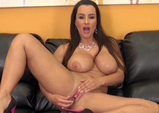 Gorgeous MILF Lisa Ann Continue