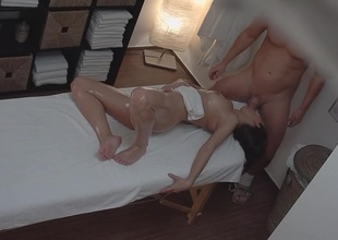 Youthful Teen Hotty Gets Hard Charge from on Massage Table