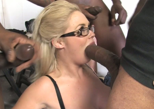 Obese chick hither fat boobs Katie Kox fucks a circle be expeditious for black dudes
