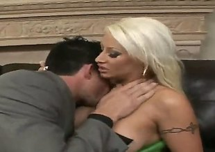 Billy Sea-coast makes his stiff ram rod fall flat in unbelievably hot Candy Mansons mouth