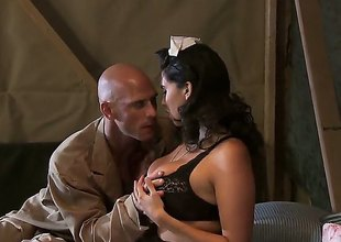 Johnny Sins gets tempted at the end of one's tether Missy Martinez with chubby breasts and then drills her muff