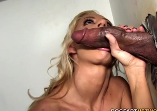 Zoey Portland sucks monster local at Gloryhole