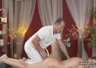 Sex-crazed dark brown seduces masseur