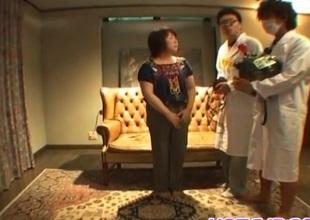 Mikan Tokonatsu receives nailed