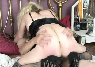 Blonde granny respecting black lingerie gets some coarse love from her scrounger