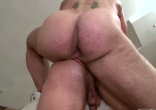 Hunky guy acquires anus rammed doggy fa‡ade
