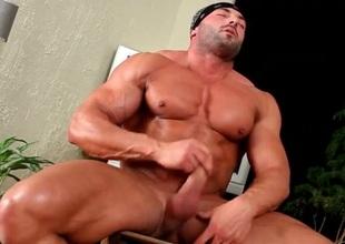 Hot naked body institutor jerks off his jock