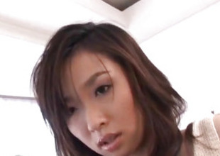 Maaya Kurihara sticks vibrator in gelatinous slit